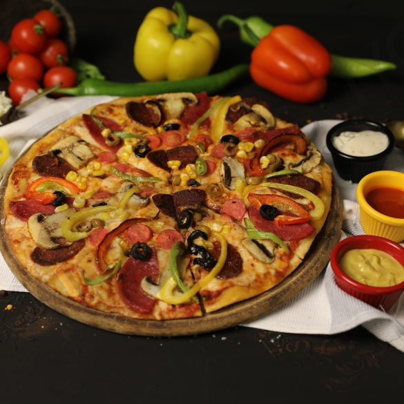 Black Plate Alaturca Pizza Profesyonel Fotoğraf Çekimi